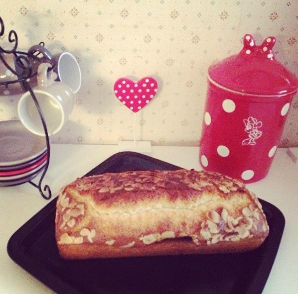 Cake yaourt-rhum-amandes