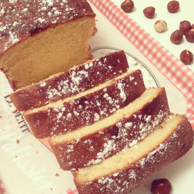 Cake chocolat blanc et noisettes