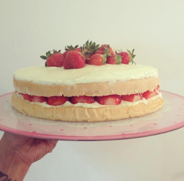 Gâteau aux fraises et crème mascarpone