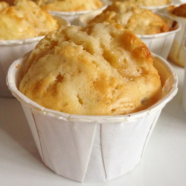 Muffins pommes, confiture de lait et pécans