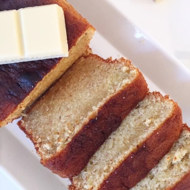 Cake à la banane et au chocolat blanc