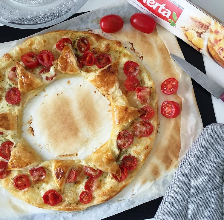 tarte soleil tomates et mozzarella avec herta. Black Bedroom Furniture Sets. Home Design Ideas