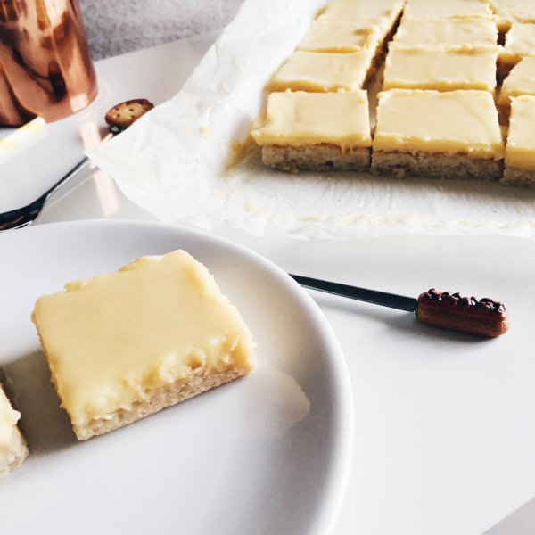Carrés au citron et chocolat blanc